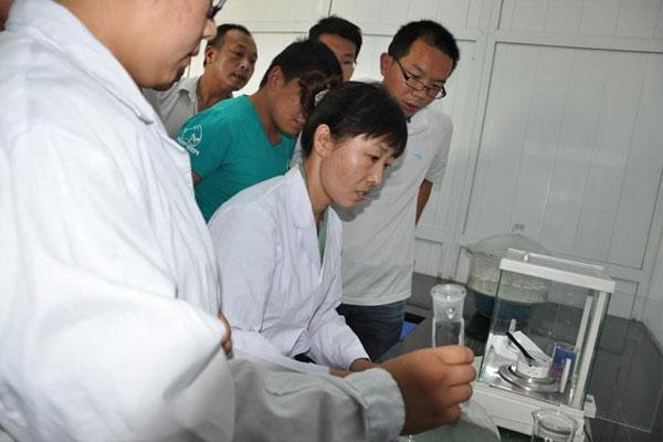 肥料厂及土壤化验室需要的器材和试剂